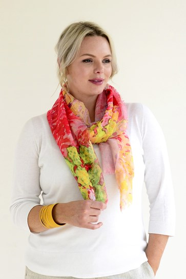 ABSTRACT FLORA SCARF
