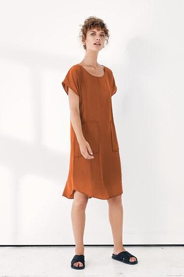 ANPASSA DRESS